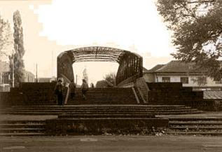 Podul de fier de pe strada Ady Endre